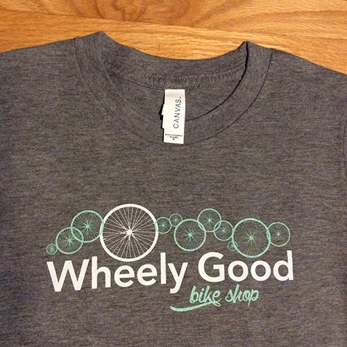 Wheely Good Bike Shop Boy's T-shirt, Zoomed Logo