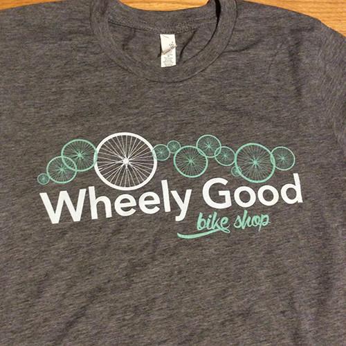 Wheely Good Bike Shop Men's T-shirt, Logo Zoomed